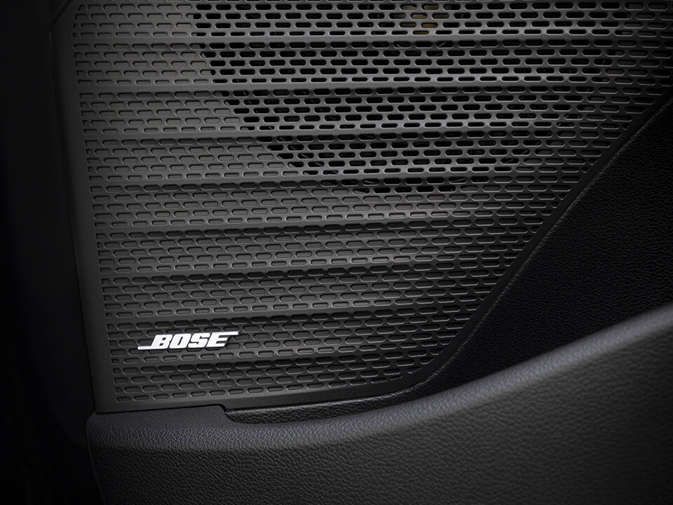 The all-new Hyundai i20 audio speaker with a Bose logo on display